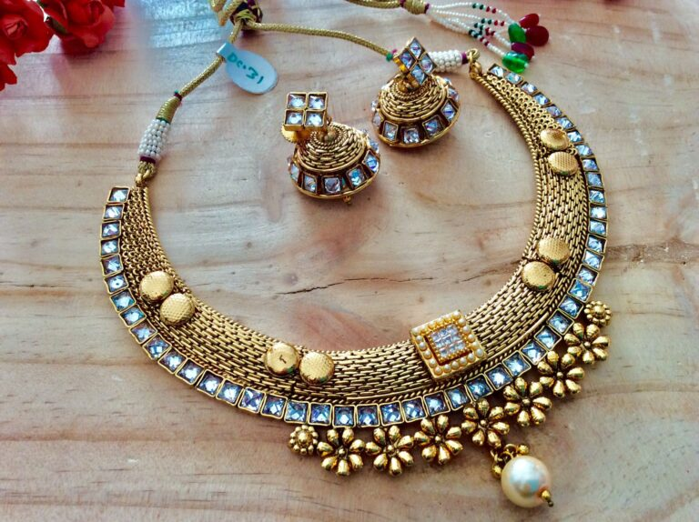 Online Jewelry Shopping – How to Make the Best Deal